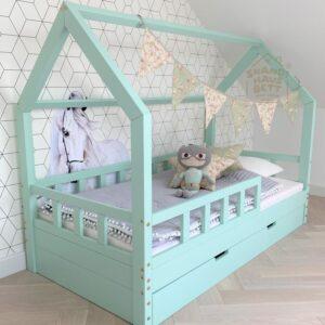 HausBett für Eeine Zweijährigen
